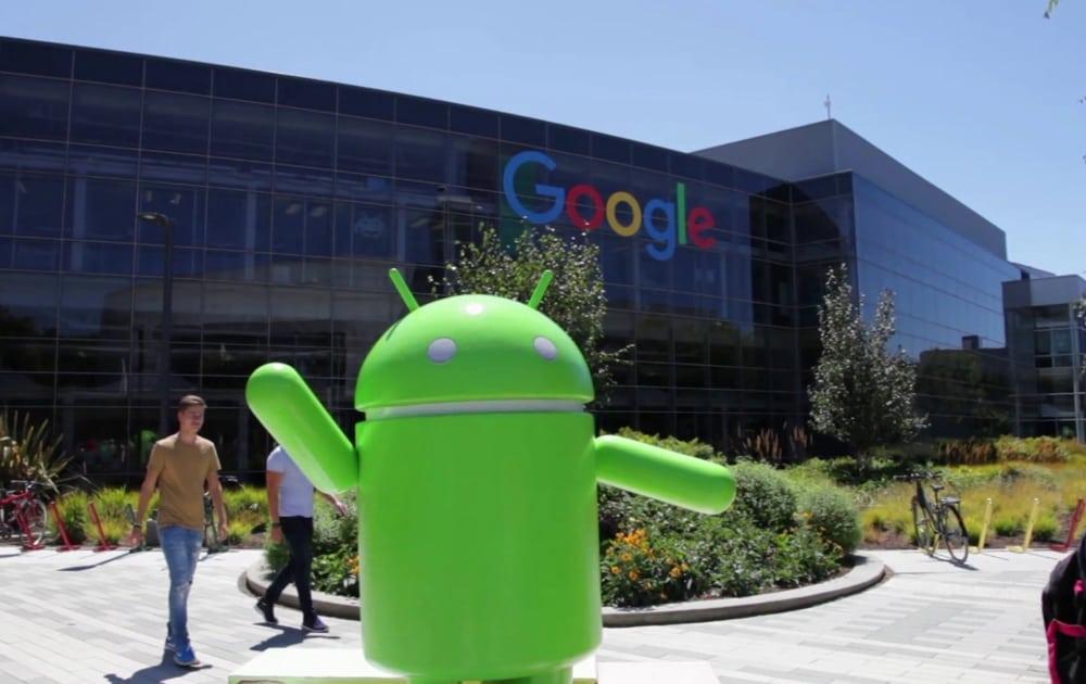 Бутерин заинтриговал общественность возможностью своего ухода в Google
