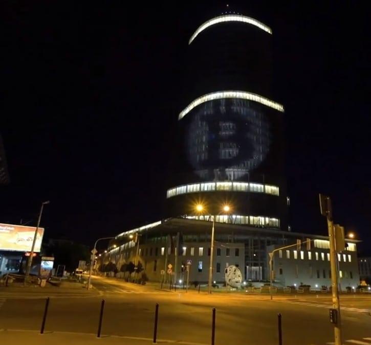 В Братиславе криптоактивисты напомнили банкам о криптовалютах