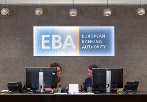 EBA предупредила банки о рисках блокчейна