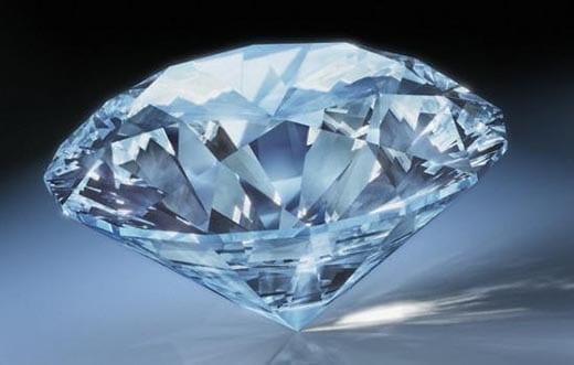 Крупнейшая мировая компания по производству алмазов начала тестировать блокчейн