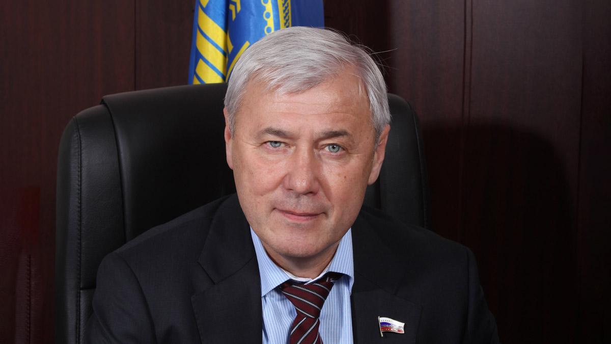 Анатолий Аксаков готов легализовать майнинг и сомневается, является ли криптовалюта валютой