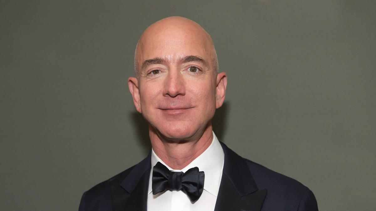 Amazon начнет принимать к оплате биткоин и может создать собственный токен — инсайдер