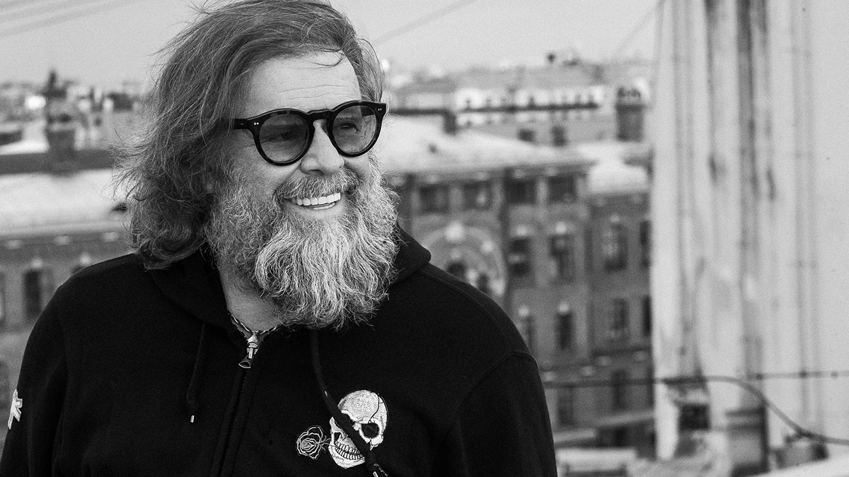 Борис Гребенщиков выставил на NFT-аукцион 24 своих портрета